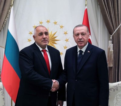 Борисов и Ердоган се договориха български пациенти да могат да продължат лечението си в Турция