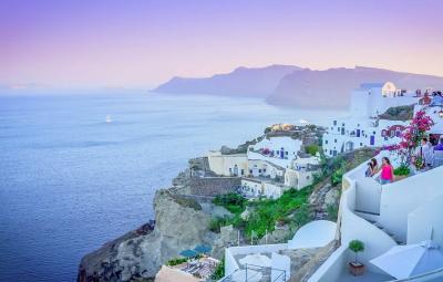 Гръцкото правителство предлага отваряне на хотелите от юли