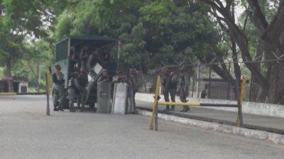 Над 40 загинали при затворнически бунт във Венецуела