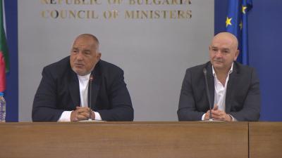 Премиерът Борисов и ген. Мутафчийски отрекоха да има напрежение щаб - кабинет