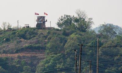 Северна и Южна Корея си размениха изстрели в демилитаризираната зона