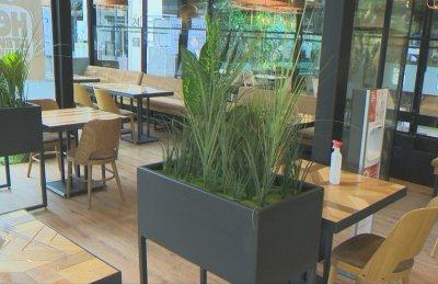Да се намали разстоянието на масите в заведенията поискаха от ресторантьорския бранш
