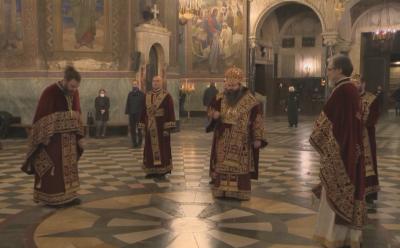 """В храм-паметника """"Св. Александър Невски"""" отслужиха света литургия за Гергьовден"""