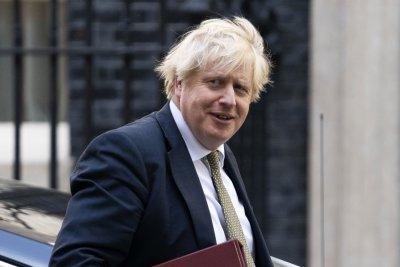 Очаква се Борис Джонсън да обяви ограничено вдигане на мерките