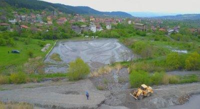 Кога ще бъде пусната топлата вода в Перник?