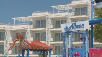 """Отварят """"Албена"""" в края на май и при строги мерки за сигурност"""