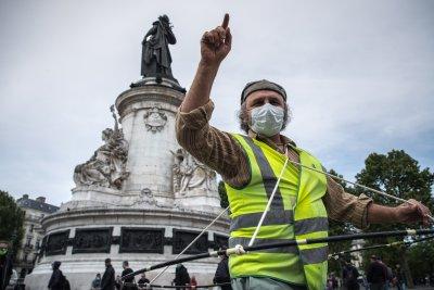 Жълтите жилетки във Франция отново излязоха на протест