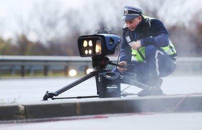 Шофьор отнесе 950 лева глоба, вдигнал 179 км/ч на път в Шумен