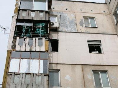 Газова бутилка гръмна в апартамент в Пловдив, има пострадала жена (Снимки)