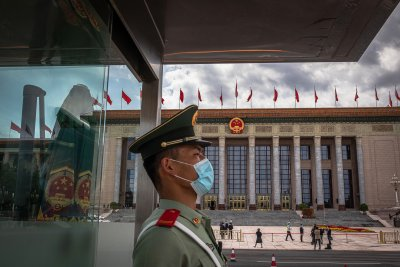 СЗО запретна ръкави, търси произхода на COVID-19 в Китай
