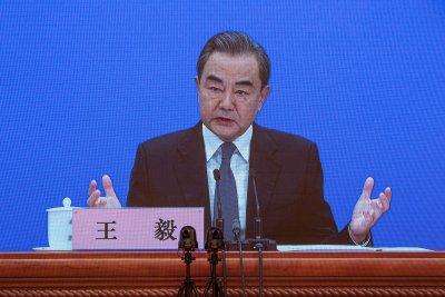 Китай заговори за студена война с политическия вирус в САЩ
