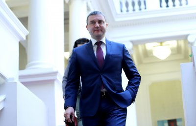 Страховете на Горанов: И други сектори да не поискат по-ниско ДДС