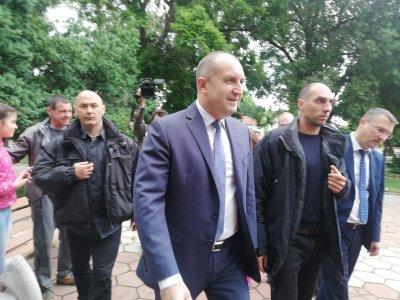 Президентът Радев на посещение в град Садово