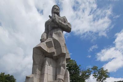 България се преклони пред подвига на Ботев и загиналите за свободата