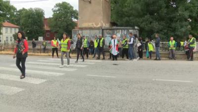 Протест в Поликраище заради затворено училище