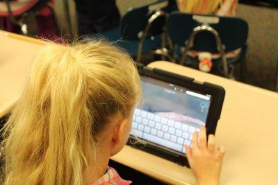 Социално слаби деца ще получат лаптопи на стойност 1 млн. лв.
