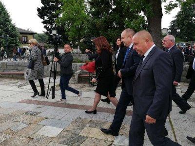 Почит към Христо Ботев: Президентската двойка пристигна за честванията в Калофер