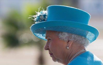 Разкрита е тайната за идеалната кожа на Елизабет II