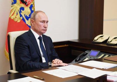 Путин обяви извънредно положение заради масивен разлив на нефт край Норилск