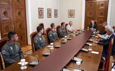 Президентът се срещна с пилотите, които ще се обучават на F-16
