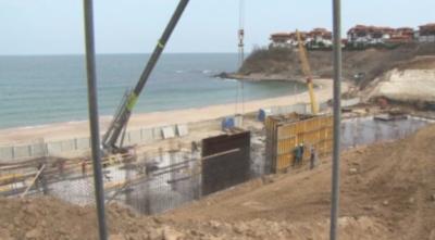 След скандалния казус: Спешна проверка за строежа на плажа в Алепу