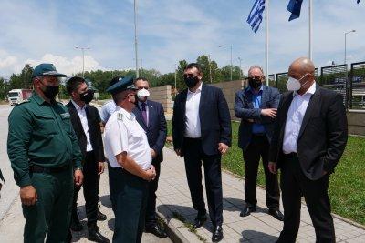 """Вътрешният министър инспектира ГКПП """"Кулата"""" преди началото на летния трафик към Гърция"""
