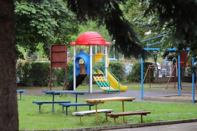 Родители в стрес от системата за прием в детските градини във Варна