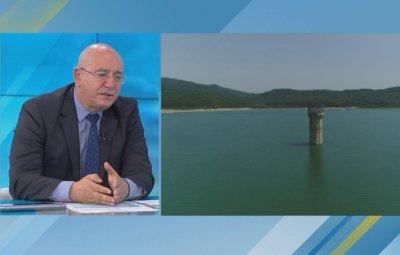 Емил Димитров се зарече: Докато съм министър, питейна вода ще има!