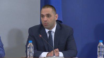 Министър Караниколов: Еврото не влиза с приемането ни в чакалнята на еврозоната