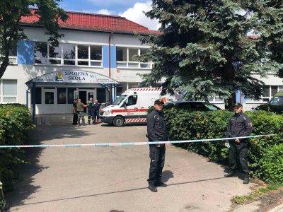 Стрелба в училище в Словакия: Убит е заместник-директор, има и ранени деца