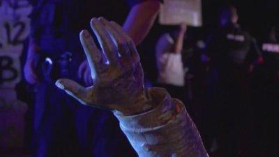 Протестиращи в САЩ посегнаха и на паметниците, свързани с Конфедерацията