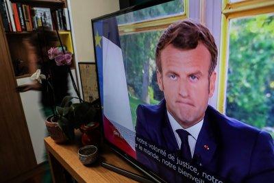 Макрон обяви първа победа на Франция срещу коронавируса