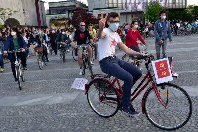 Размирици и арести на антиправителствените протести в Любляна