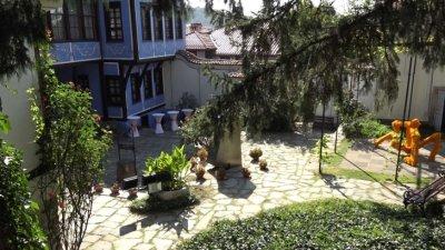 COVID-19 стопира туризма в Стария Пловдив. Загубите са огромни
