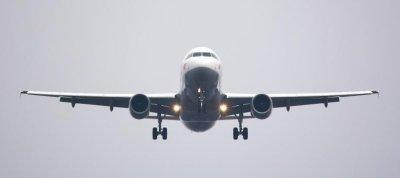 Дезинфекцират самолетите след всеки полет