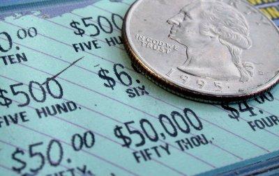 Късмет: За 3 г. американец два пъти печели милиони от лотарията
