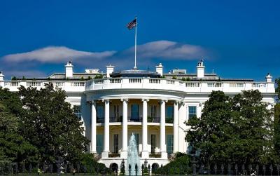 САЩ няма да издават зелени карти до края на годината