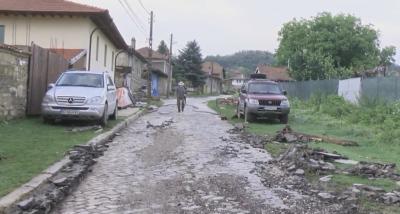 След пороя в Пчелище - отводнени са всички сгради, предстои оценка на щетите