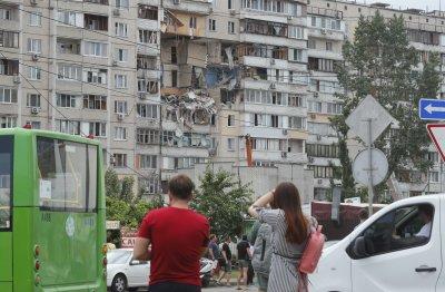 Взрив в жилищен блок в Киев – има убити, затрупани и ранени