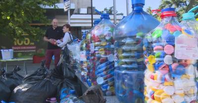 """Капачки за бъдеще"": Дариха над 500 кг пластмаса за два часа"