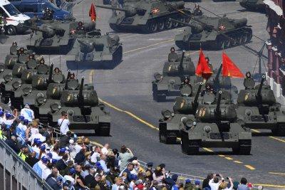 Москва отбеляза с мащабен военен парад победата от Втората световна война