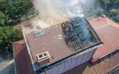 Сериозни щети след пожара в Русенската опера - какви са версиите за причините