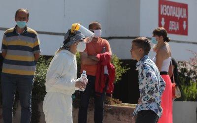 Скок на заразените с COVID-19 в Сърбия. В ход са нови мерки