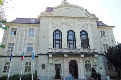 Общинарите на Пловдив на PCR тестове – имат заразен колега