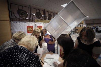 Руснаците одобриха възможността Путин да управлява още два мандата