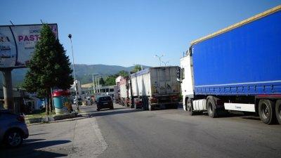 България постави въпроса за отварянето на граничните пунктове с Гърция