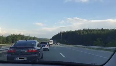 """Верижна катастрофа на АМ """"Струма"""", преди разклона за село Боснек"""