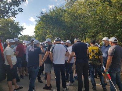 """Митинг при парка """"Росенец"""", на място има много симпатизанти на ДПС"""
