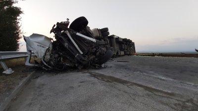 """След катастрофата на """"Тракия"""": 5 жертви, 6 ранени – дете е с опасност за живота"""