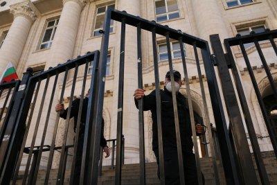 Оставиха зад решетките Кристиан Николов, обвинен за пътния ад с Милен Цветков